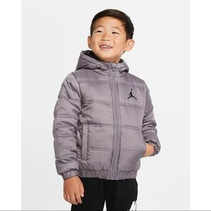 NWT Air Jordan Boys Heritage Hooded Puffer Jacket